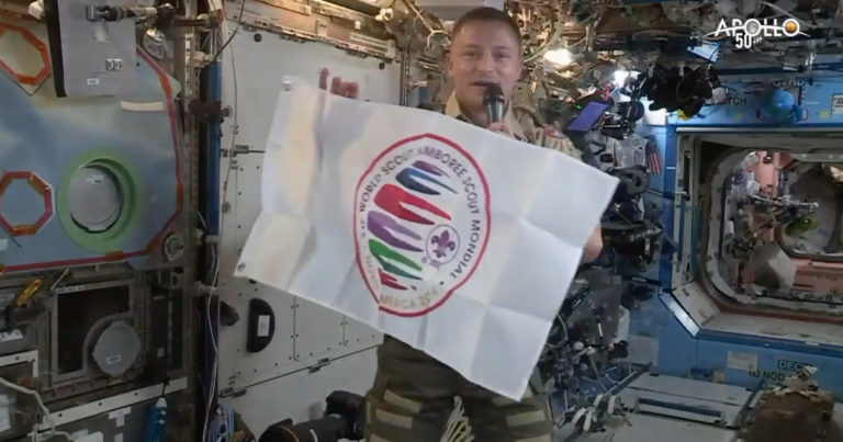 Astronaut talks from orbit to Scouts at the World Scout Jamboree
